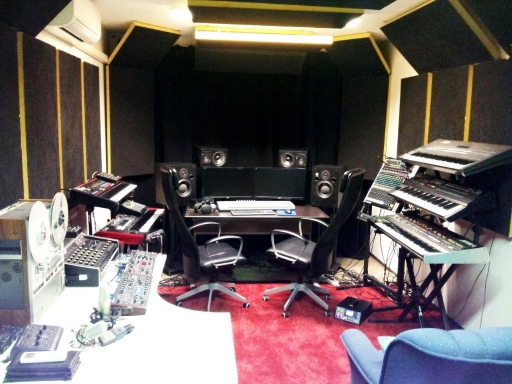 transitions float studio jupiter